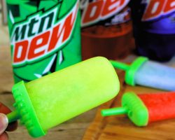 DIY Mountain Dew Popsicles | How to Make Mountain Dew Popsicles