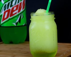 How to Make Homemade Mountain Dew Slushies