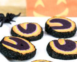 How to Make Halloween Sugar Cookie Swirls